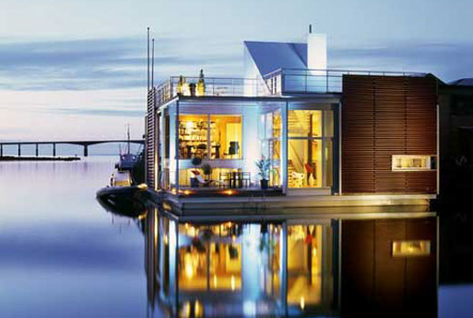Floating Villa in Sweden
