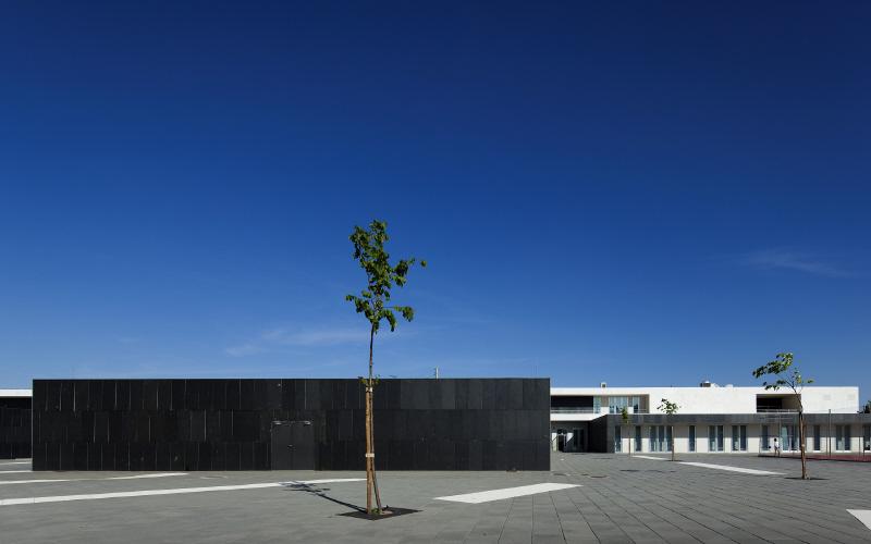 School Center Paredes – Alenquer / by André Espinho Arquitectura