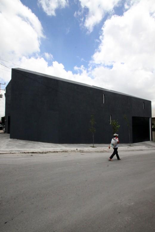 Casa de Uno, Monterrey / by Dear Architects