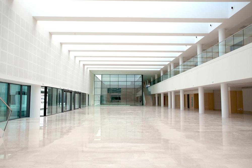 http://www.architecturelist.com/wp-content/uploads/2011/03/La-Fe-09.jpg