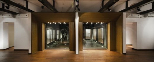 Courtyard House in Guan Shu Yuan Hutong, Beijing / by Atelier Liu Yuyang Architects