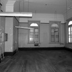 interior-room-before-renovation
