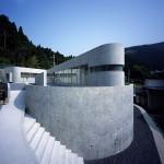 Horizontal House by Anna Nakamura + Taiyo Jinno / EASTERN design office