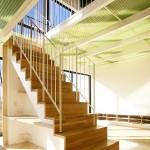 House with Midair living / StudioGreenBlue